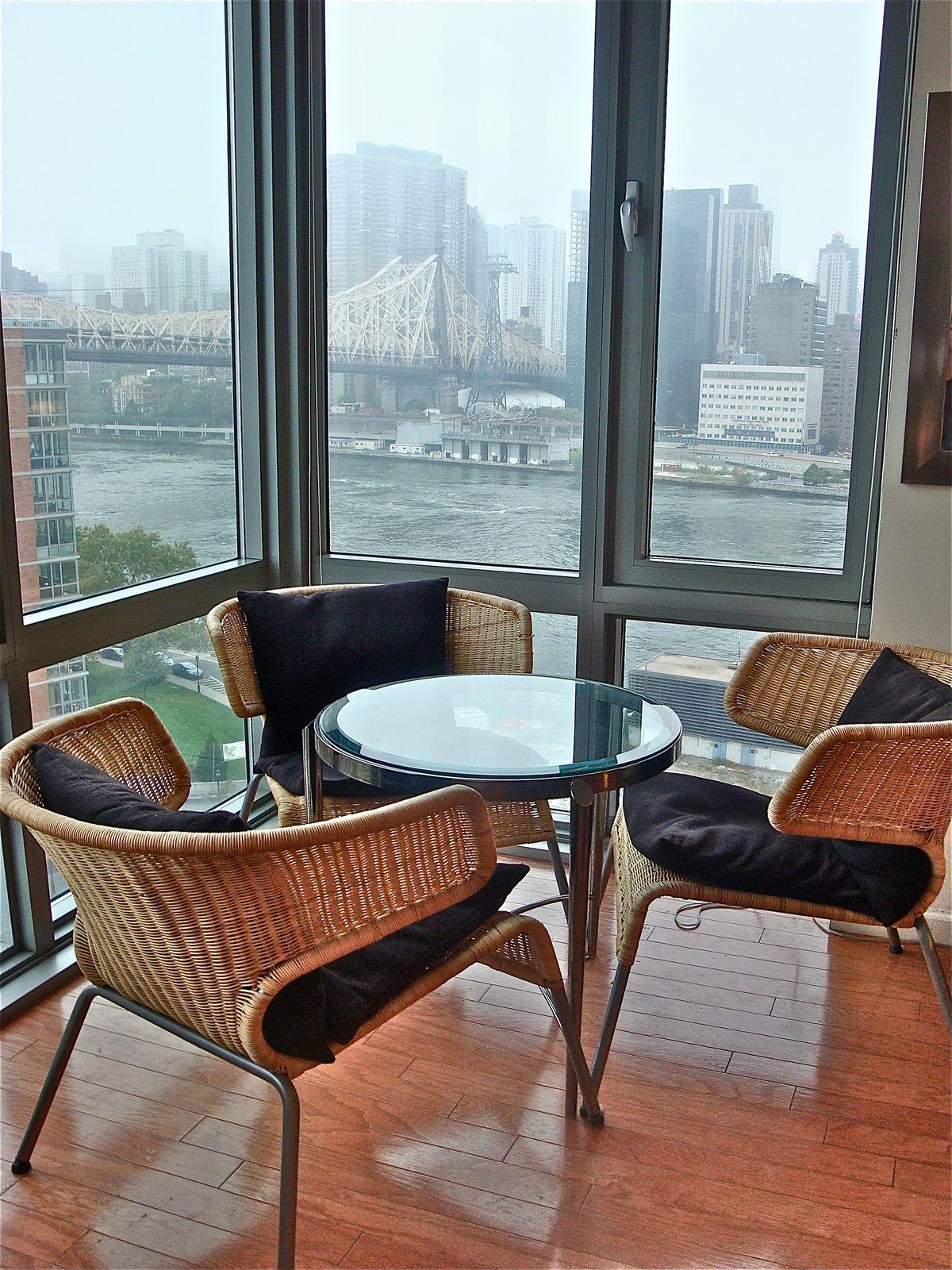 Bridge View Artists Abode
