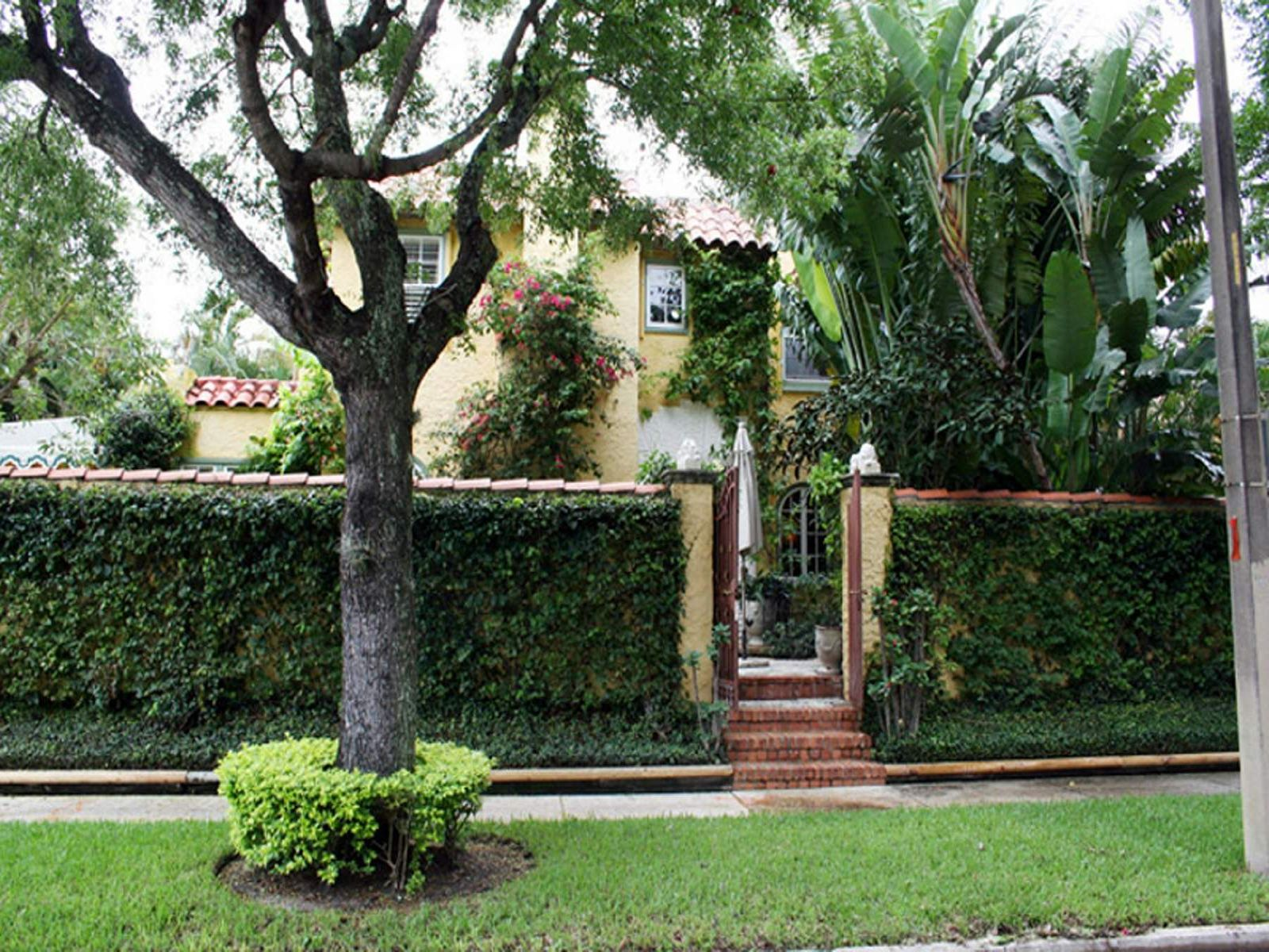 Historic Flamingo Park Mediterranean, West Palm Beach FL Single Family Home - Palm Beach Real Estate