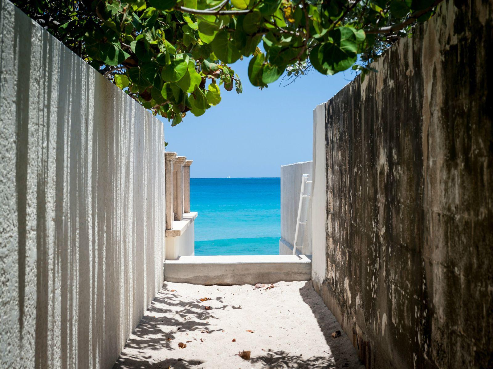 Beautiful Palm Beach Residence