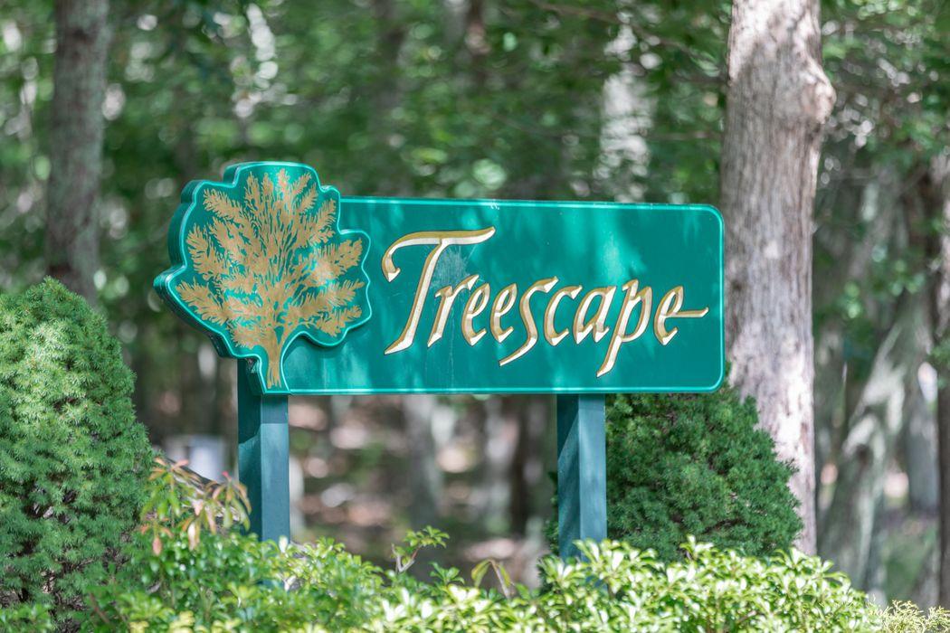 Treescape, Cluster 4, 9d East Hampton, NY 11937