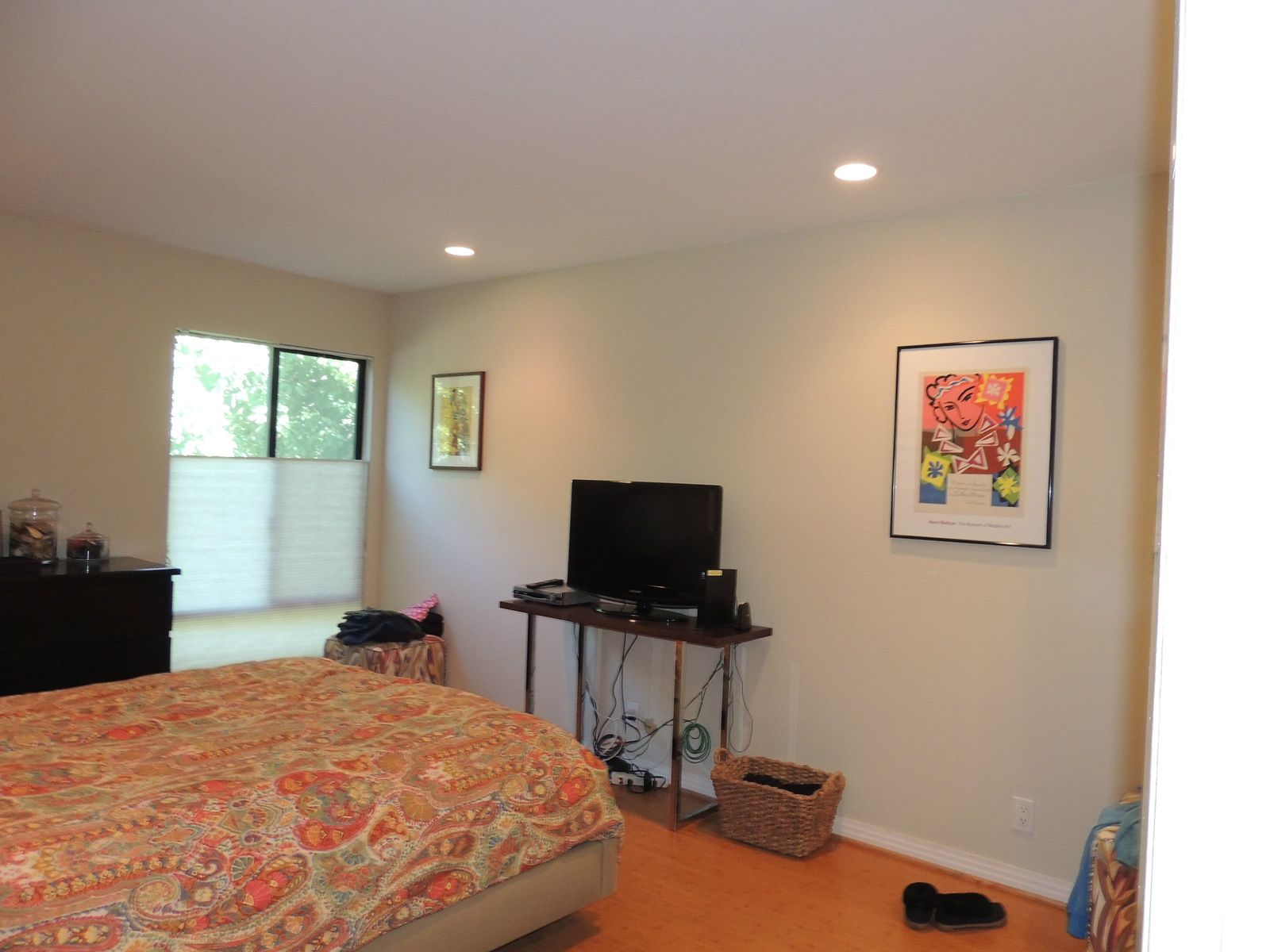 Stunning Remodeled Front-Facing Unit