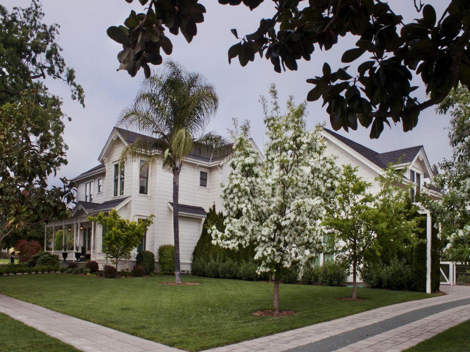 Eastside Sonoma Victorian Estate