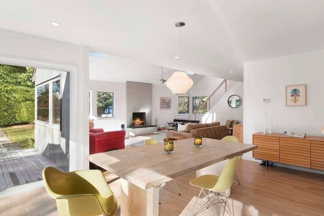 amagansett senior singles Amagansett - perfect location in the lanes 5+ bdrms, pool, walk to ocean beaches set on a private and nicely landscaped acre with.