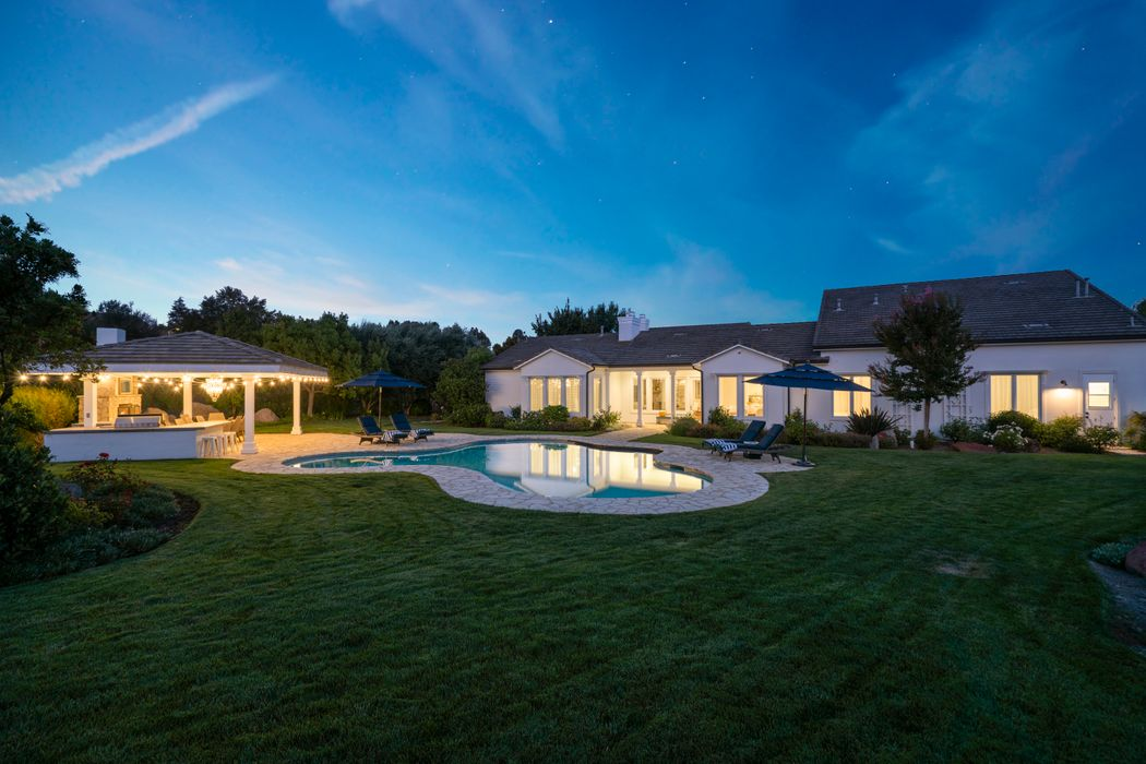 1475 Cheviot Hills Court Westlake Village, CA 91361