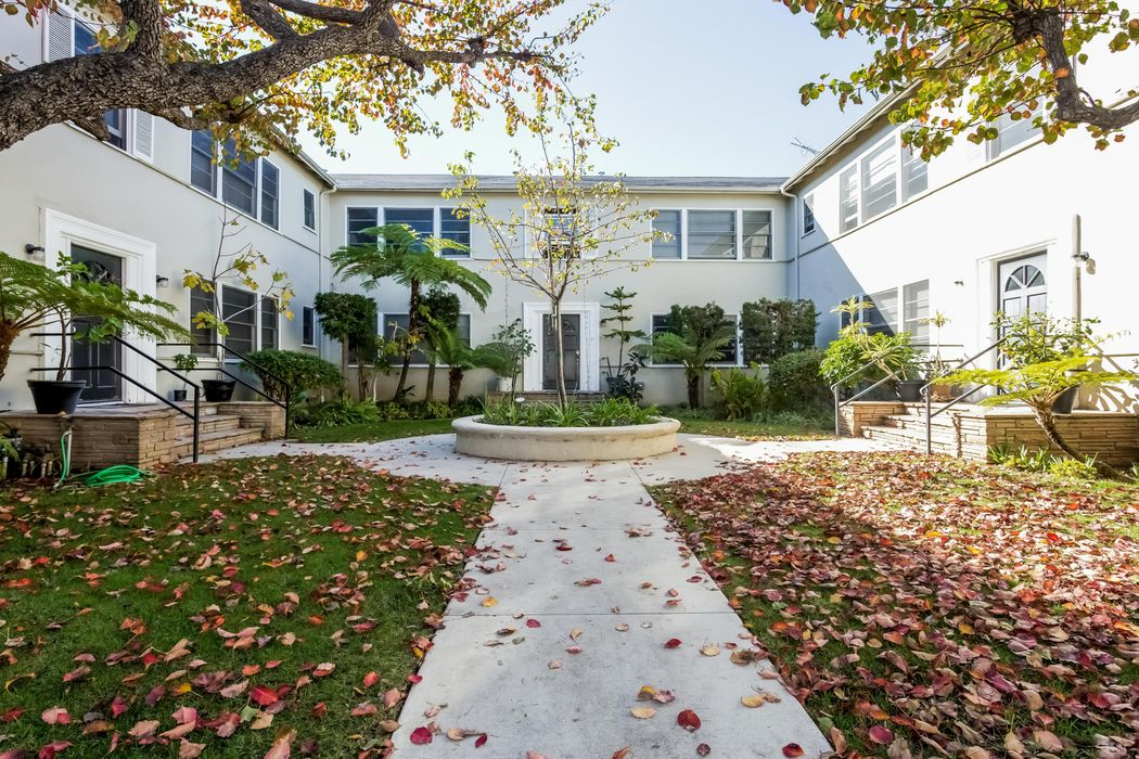 2264 29th Street Santa Monica, CA 90405