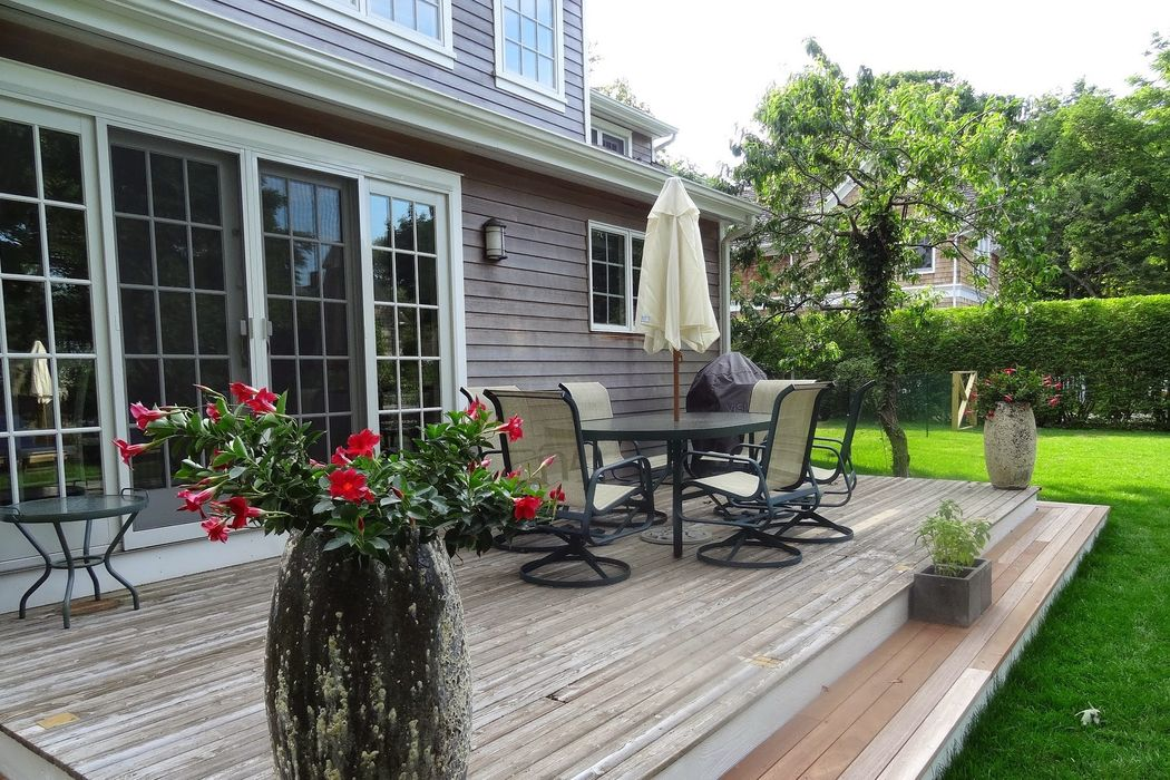 Picturesque Traditional In Sag Harbor Sag Harbor, NY 11963