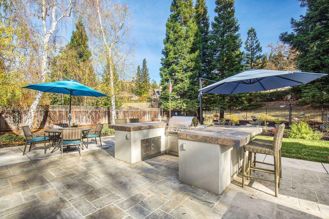 800 Redwood Dr Danville, CA 94506