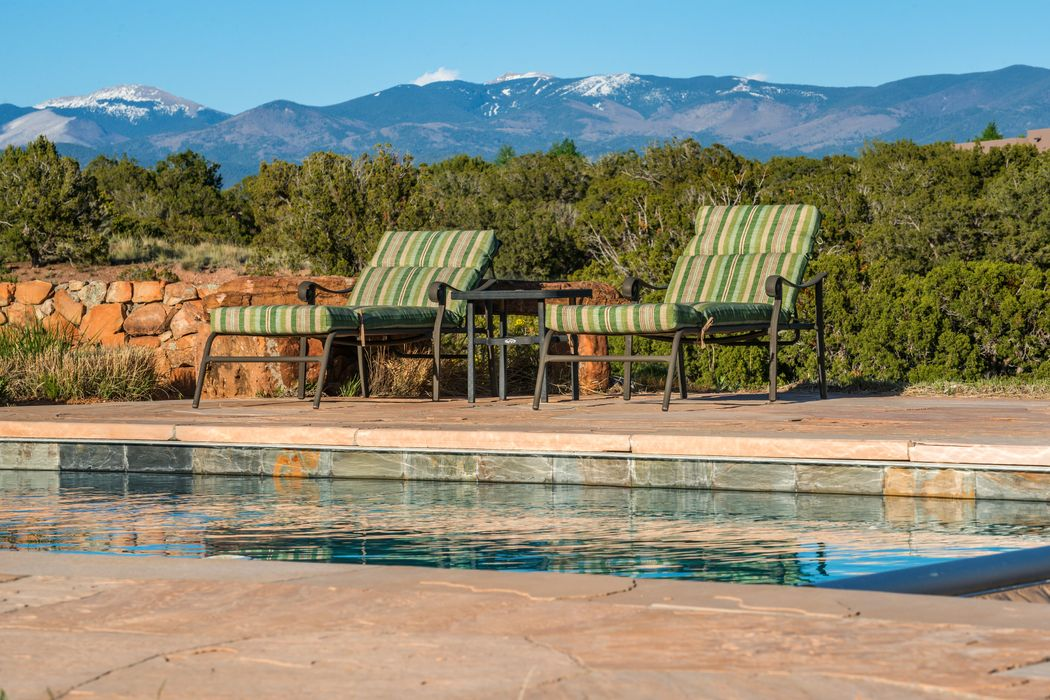 141 Wildhorse Santa Fe, NM 87506