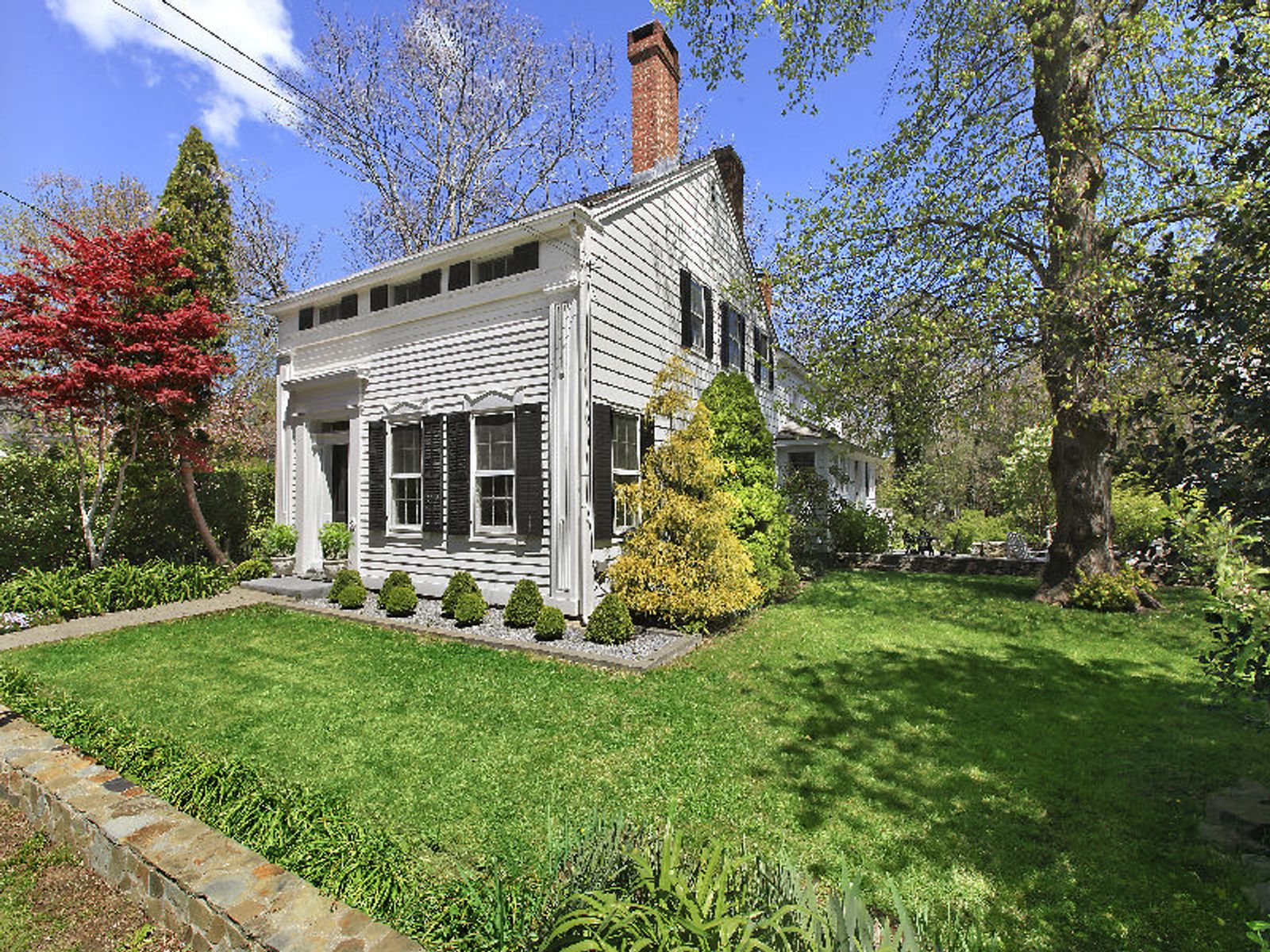 Greek Revival Whaling Captain's House, Sag Harbor NY Single Family Home - Hamptons Real Estate