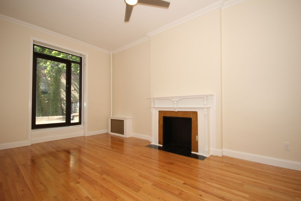134 West 87th Street, Apt. 4R