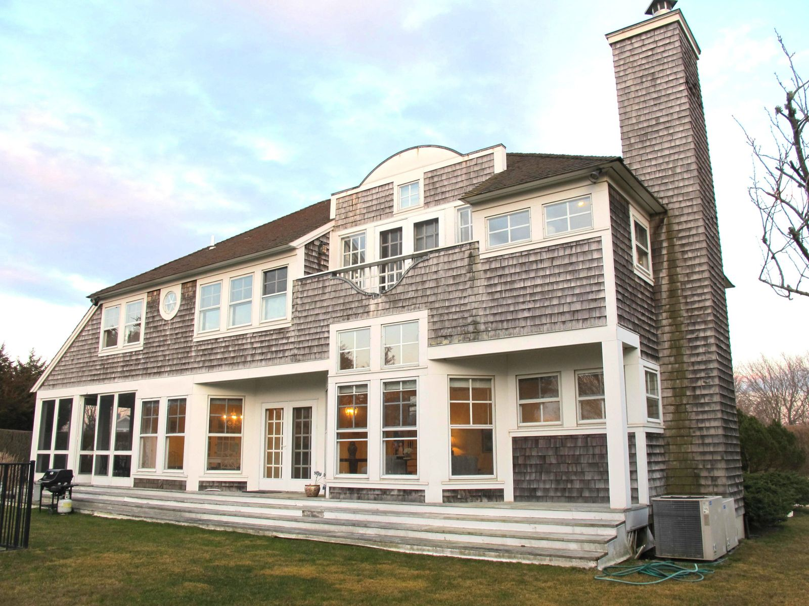 South of the Highway- Farmfield Vistas, Water Mill NY Single Family Home - Hamptons Real Estate