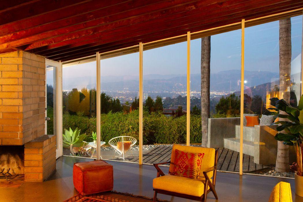 7316 Caverna Drive Los Angeles, CA 90068