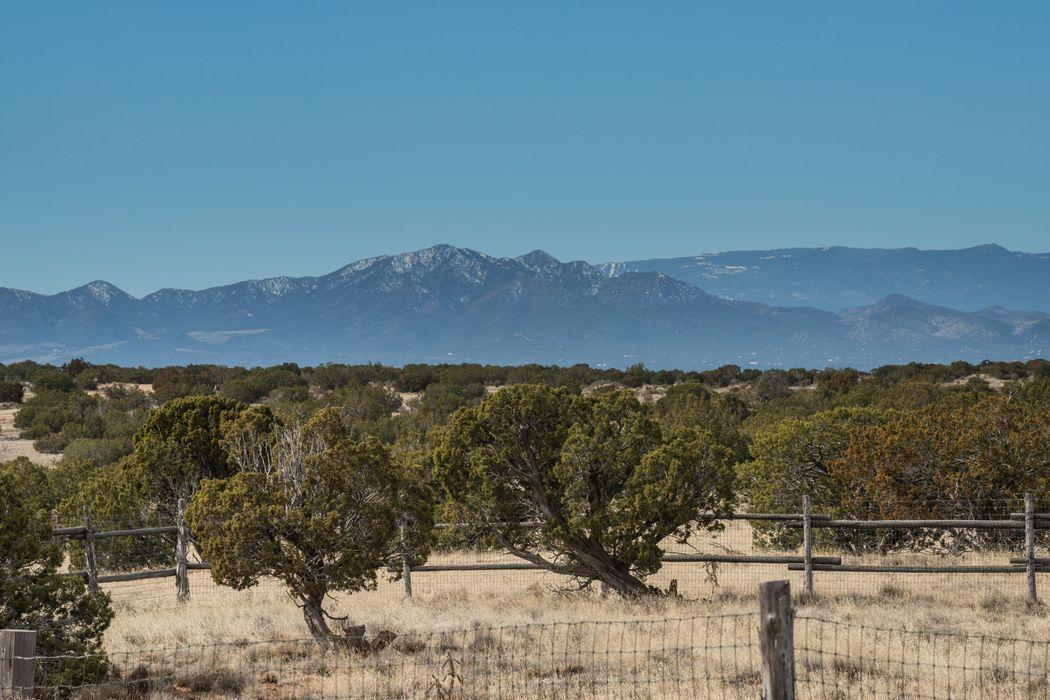 21 Silver Saddle Lamy, NM 87540