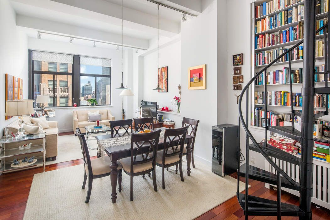 310 East 46th Street Apt 14H