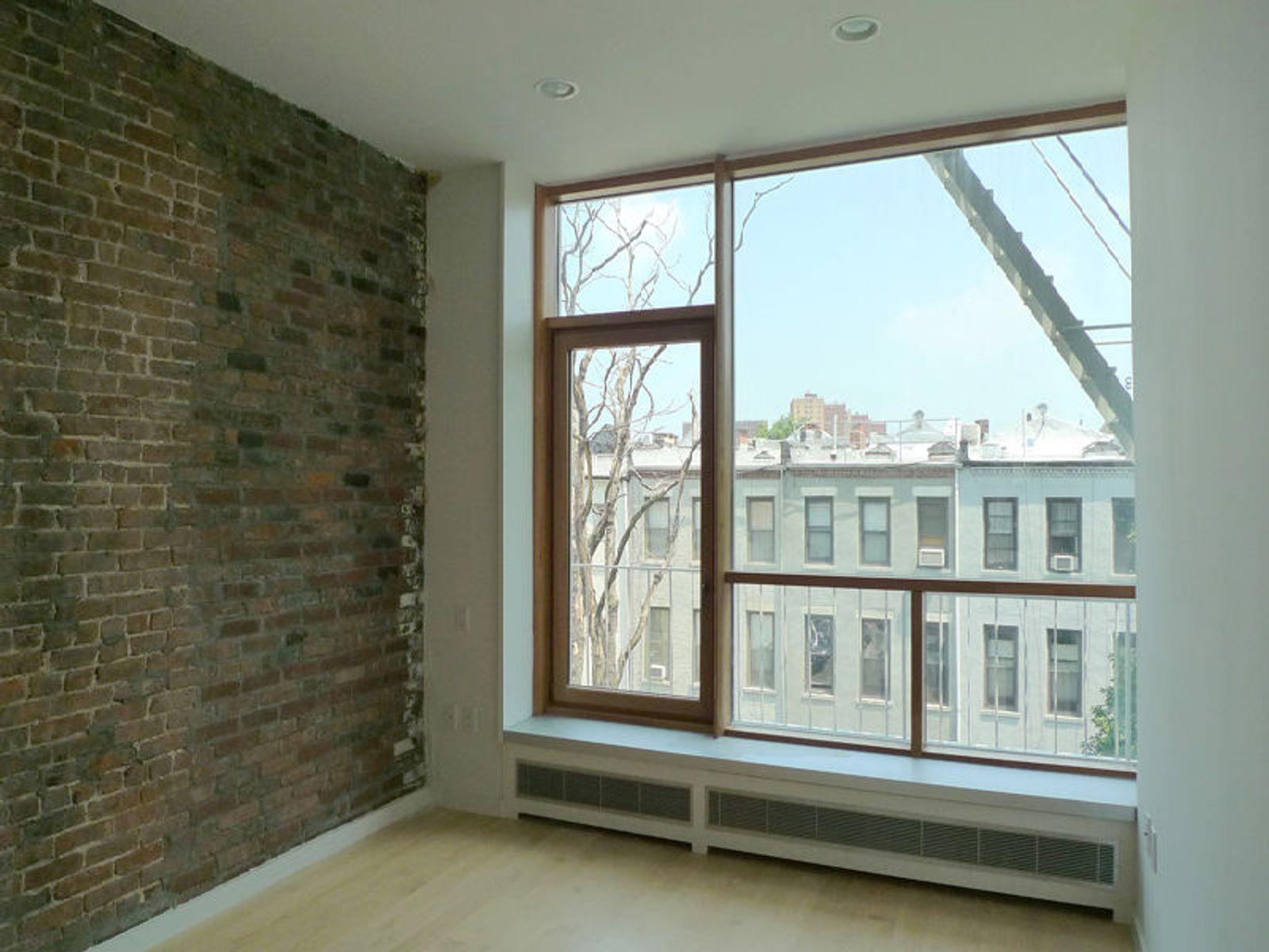 Striver's Lofts: 223 W. 135th Street, 4