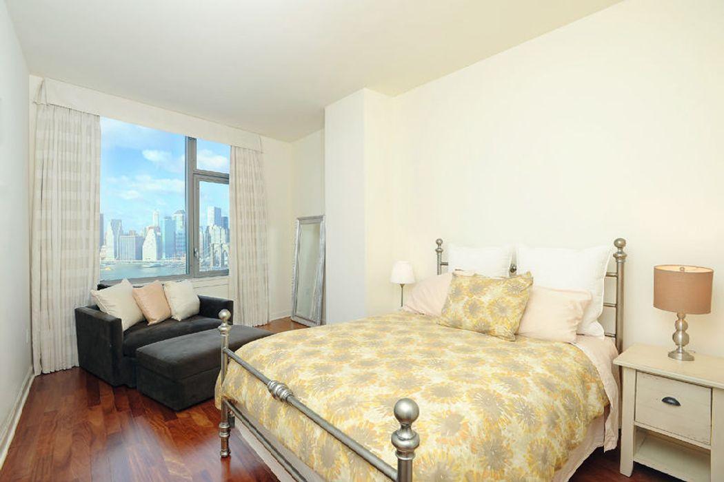 100 Jay Street Brooklyn, NY 11201