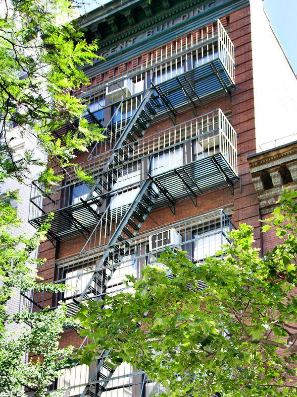 22' Wide Loft Building