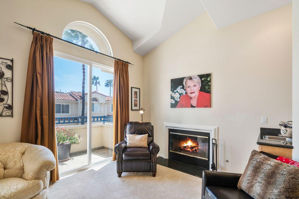 6475 Zuma View Pl #130 Malibu, CA 90265