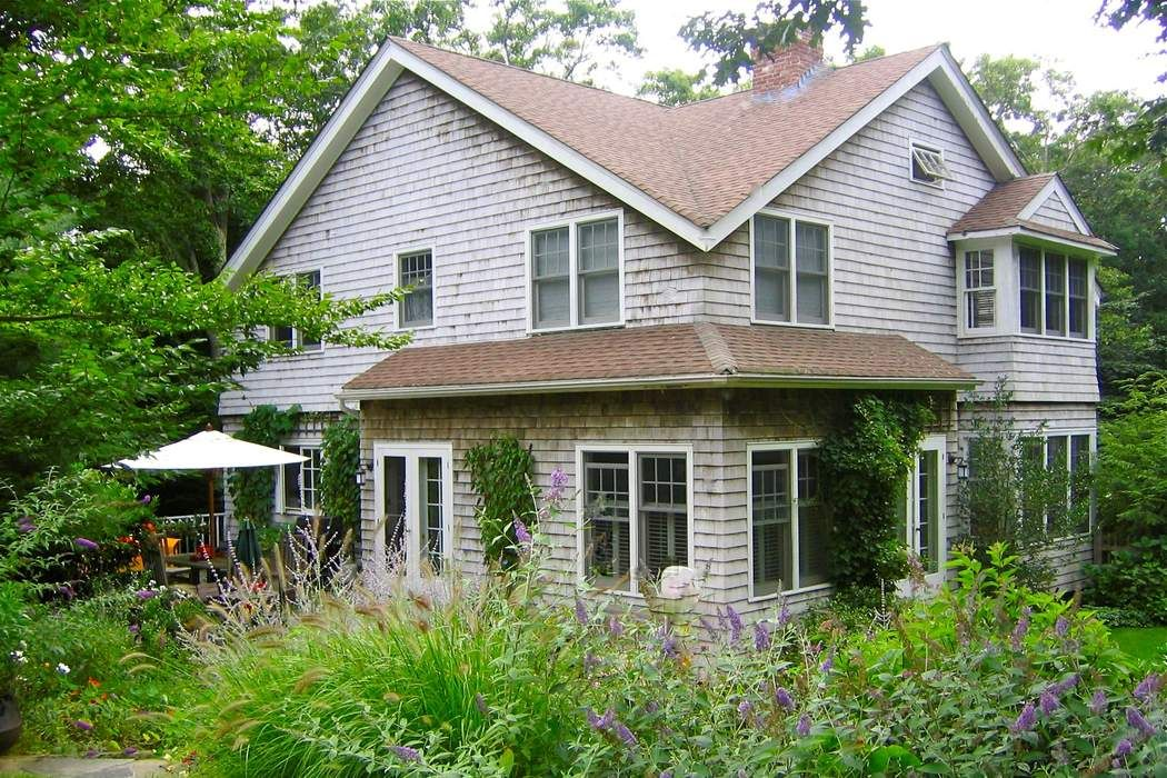 PEACEFUL AMAGANSETT TRADITIONAL