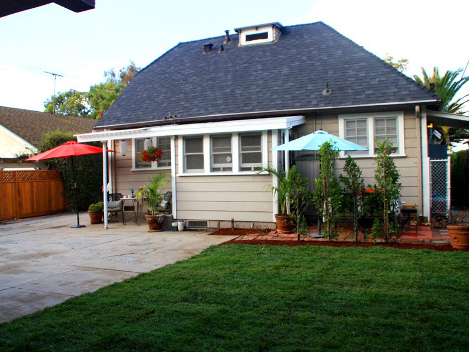 Rare and Charming Triplex, Los Angeles CA Multiple Units - Los Angeles Real Estate