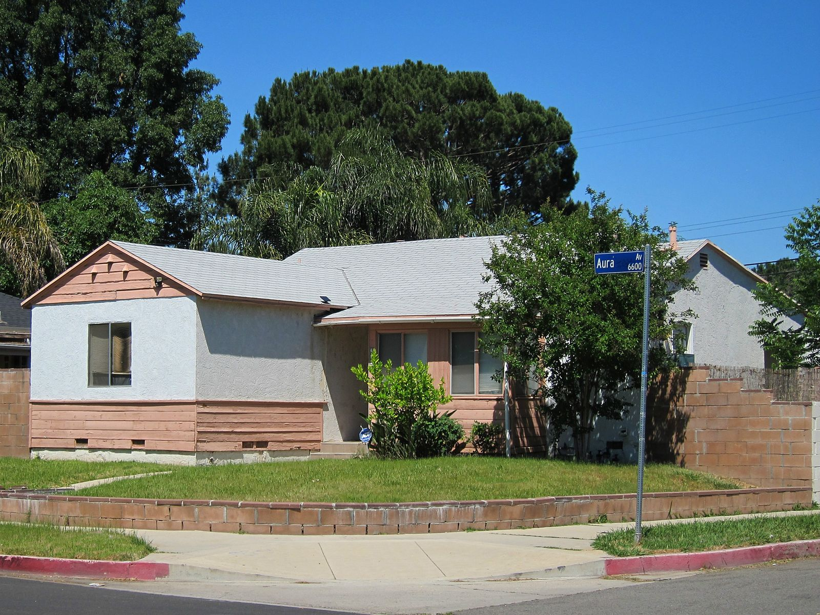 Opportunity to Own Investment Income, Reseda CA Single Family Home - Los Angeles Real Estate