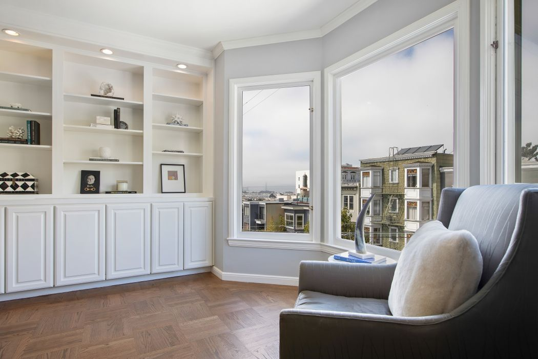 Top Floor Russian Hill View Condo San Francisco, CA 94109