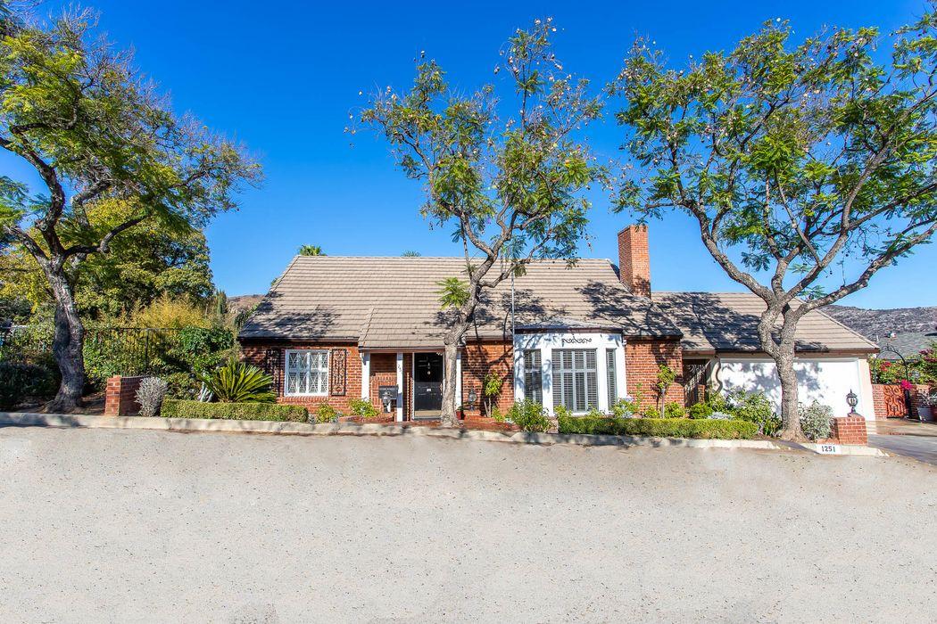1251 Imperial Drive Glendale, CA 91207
