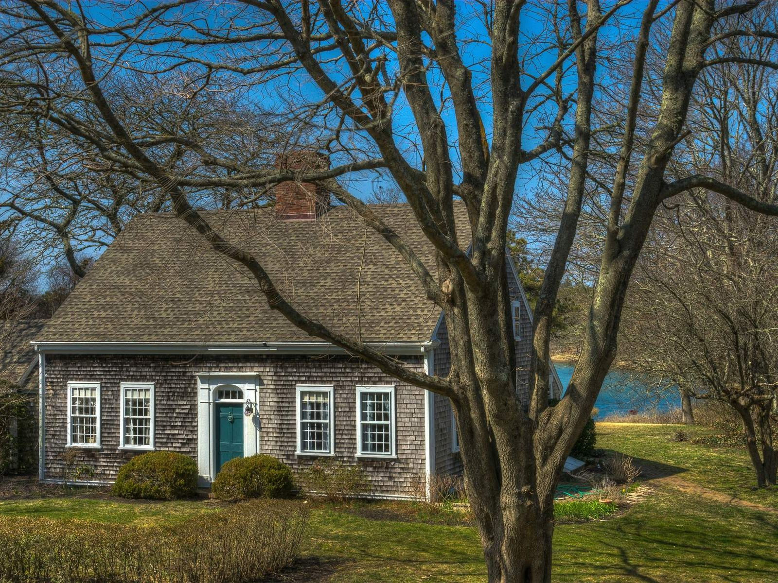 North Chatham Waterfront Estate, North Chatham MA Single Family Home - Cape Cod Real Estate