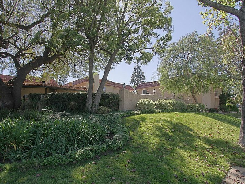 Three Bedroom Townhouse in So. Pasadena