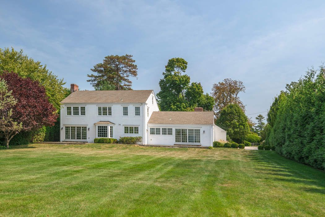 17 Nawthorne Road Old Greenwich, CT 06870