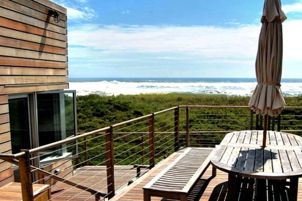 Coveted Dune Road Location Bridgehampton, NY 11932