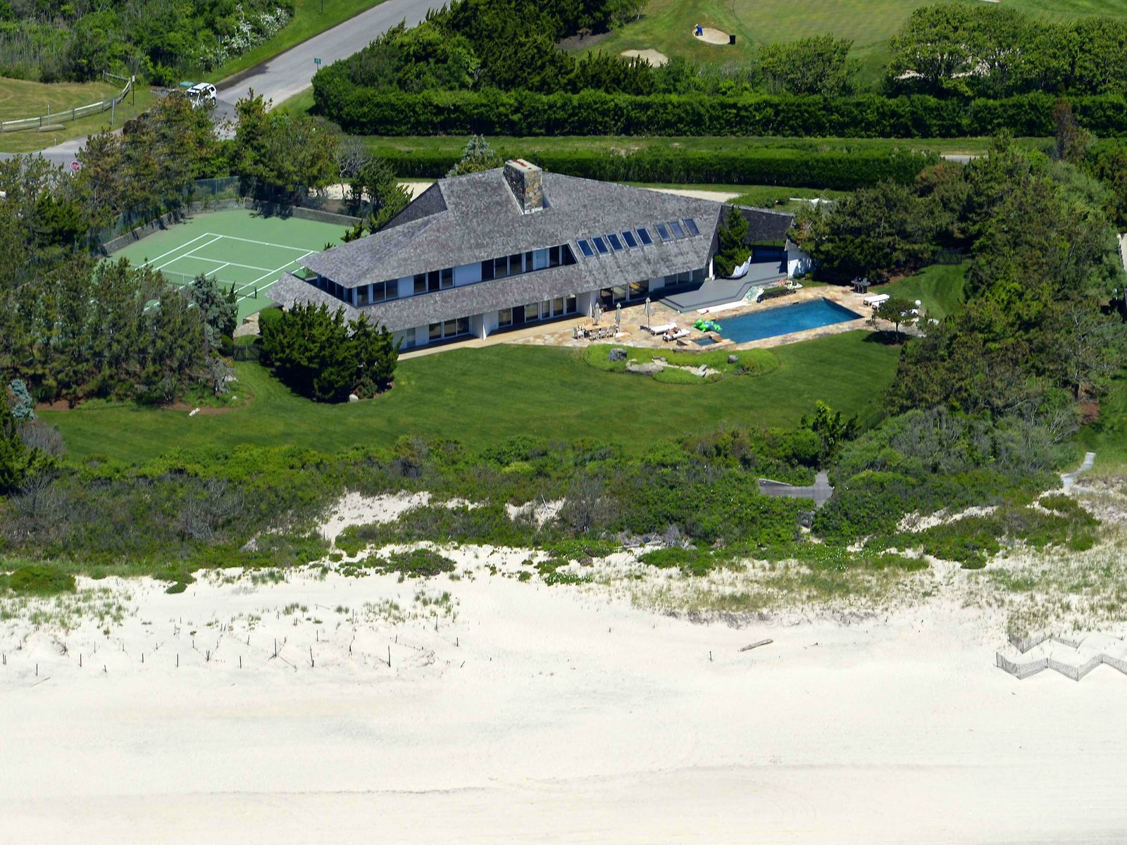 Estate Section Oceanfront