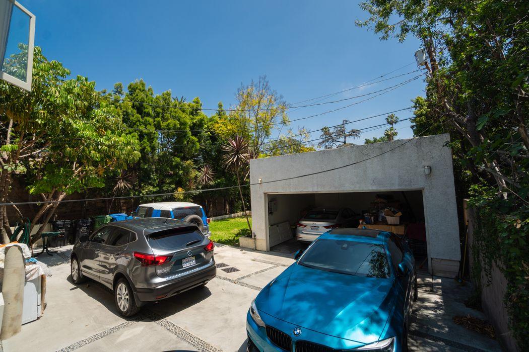 908 Manzanita Street Los Angeles, CA 90029
