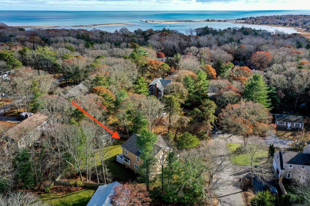 58 Evans Street Osterville, MA 02655