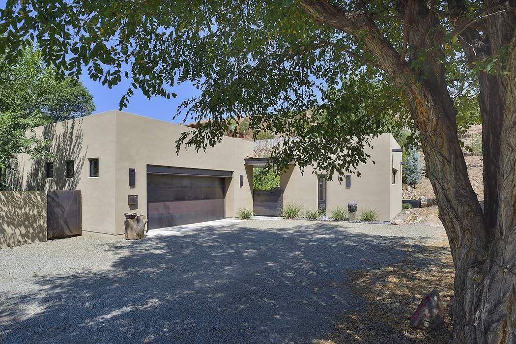 282 Calle Juanita Santa Fe, NM 87501