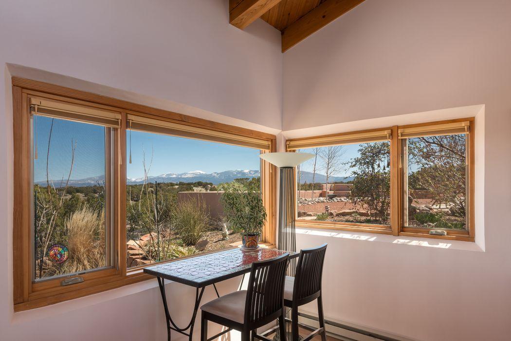 88 Chisholm Trail Santa Fe, NM 87506
