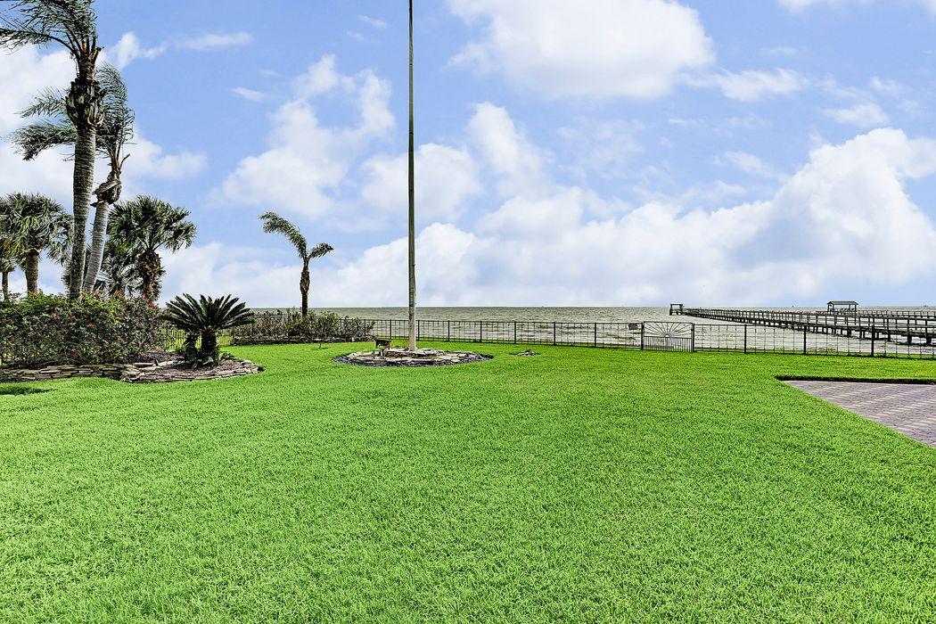 621 Bay Vista Drive Seabrook, TX 77586