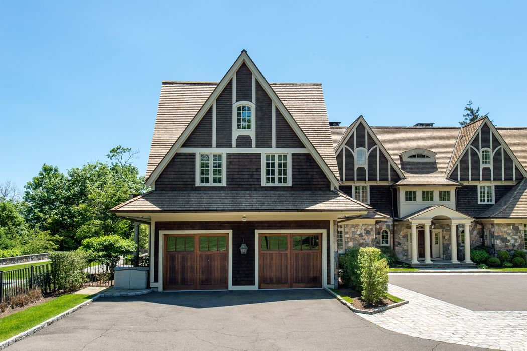 Live The Good Life on Doubling Road Greenwich, CT 06830
