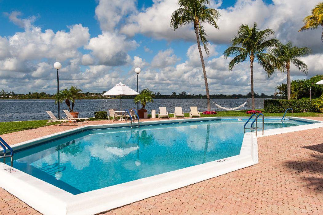 2778 S Ocean Blvd Palm Beach, FL 33480