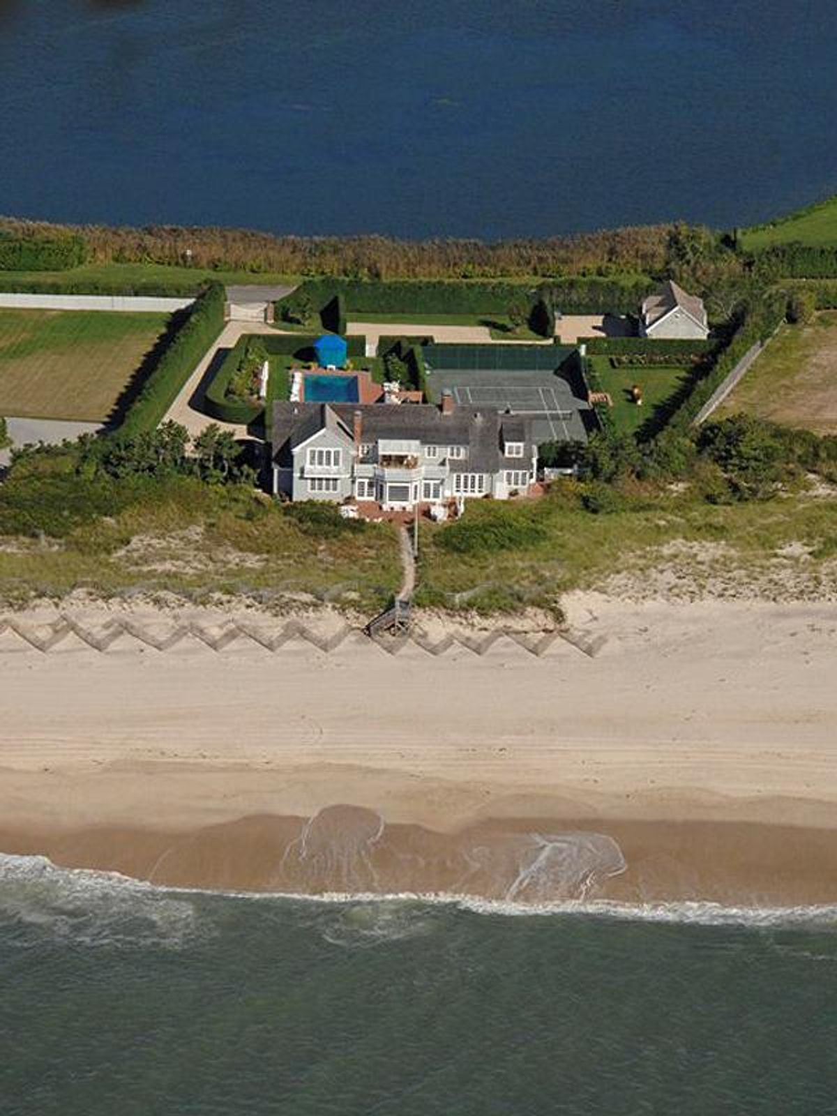 World Class Oceanfront in Southampton, Southampton NY Single Family Home - Hamptons Real Estate