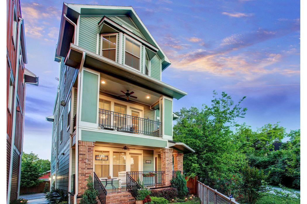 544 Oxford Street Houston, TX 77007