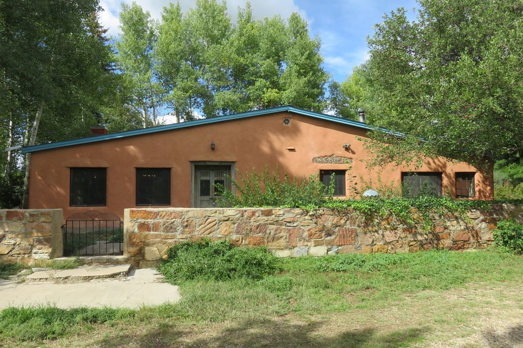 548 State Highway 161 Buena Vista, NM 87712