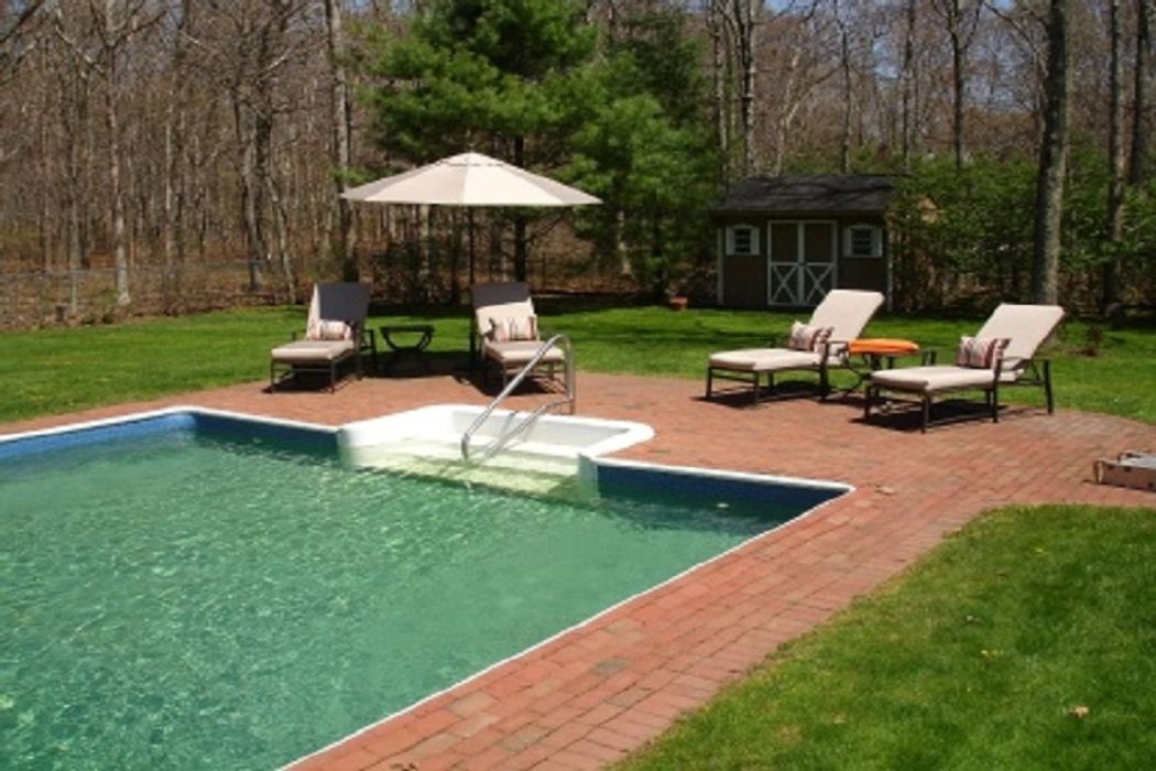 Sagaponack with Pool and Privacy Sagaponack, NY 11962