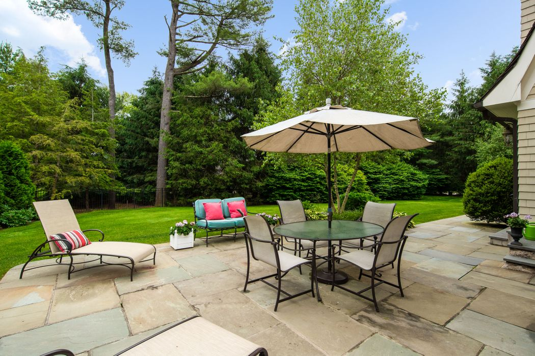 13 Chieftans Road Greenwich, CT 06831