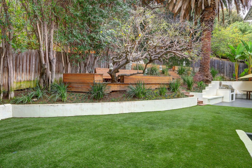 3010 Castle Street Los Angeles, CA 90039