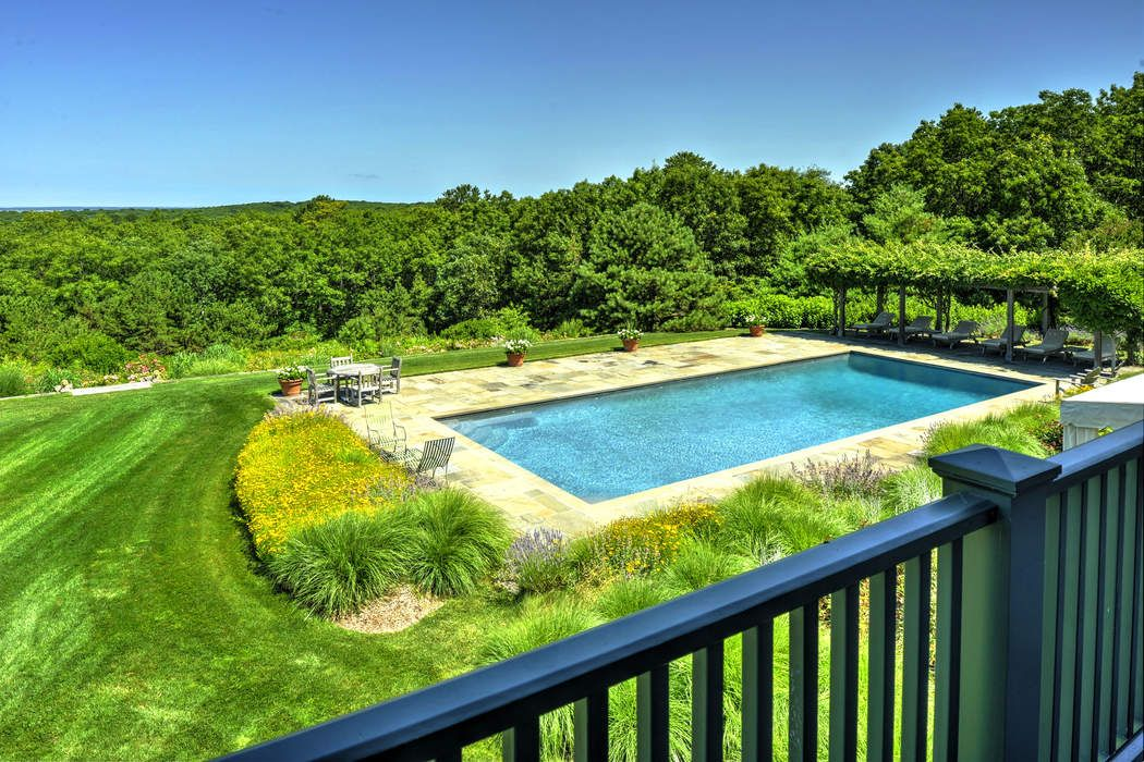180 Middle Line Highway Water Mill, NY 11976