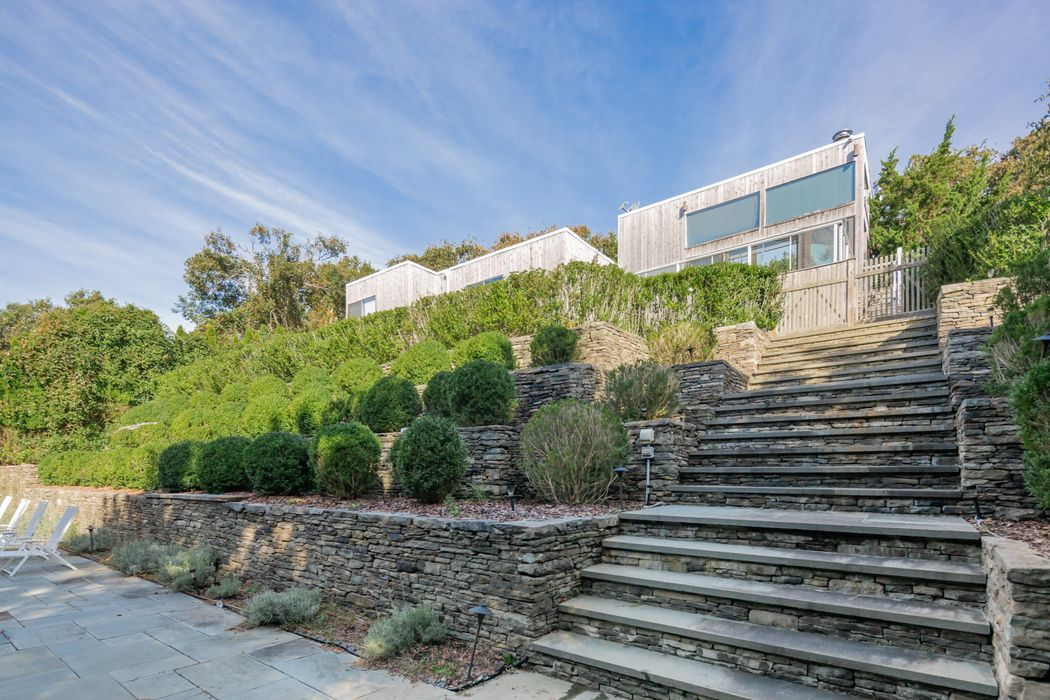 23 Clearview Drive Montauk, NY 11954