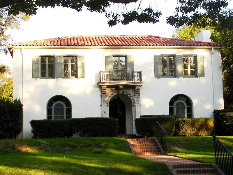 Classic Pasadena For Lease