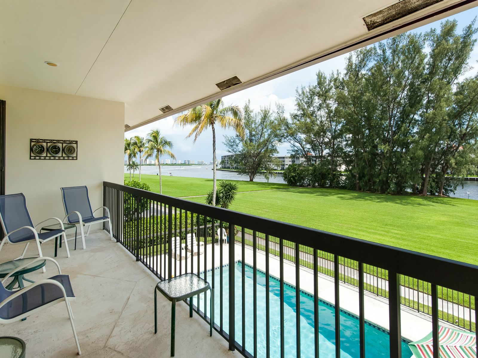 Gated Intracoastal Waterfront Condo