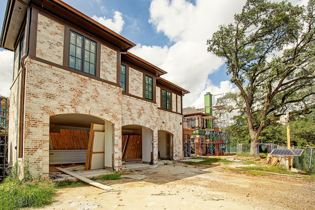 2203 Looscan Lane Houston, TX 77019